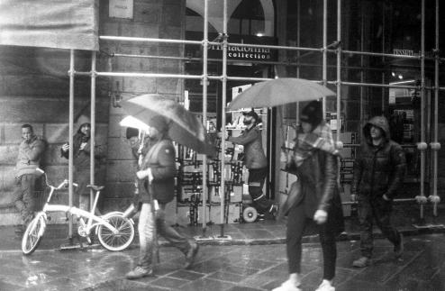 Umbrella + Lemon Juice026